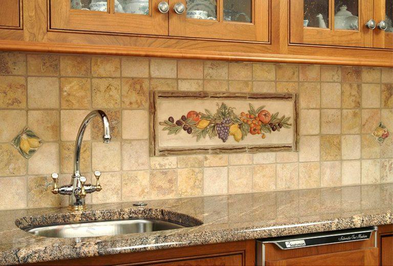 Высота и размер фартука для кухни из плитки: основные принципы