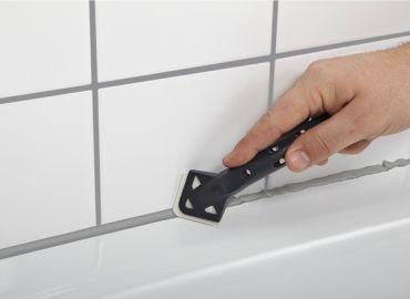 В помощь домашнему мастеру: удаление герметика с плитки