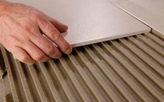 Выбор толщины плиточного клея
