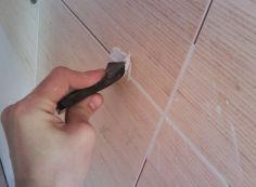 Затирка швов между плиткой в ванной