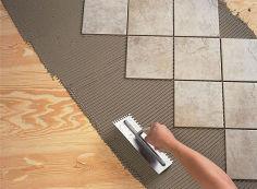 Как самостоятельно положить керамическую плитку на пол