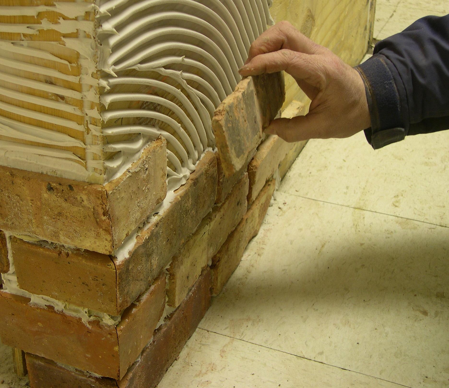 Гипсовая плитка для внутренней отделки (фото, видео).