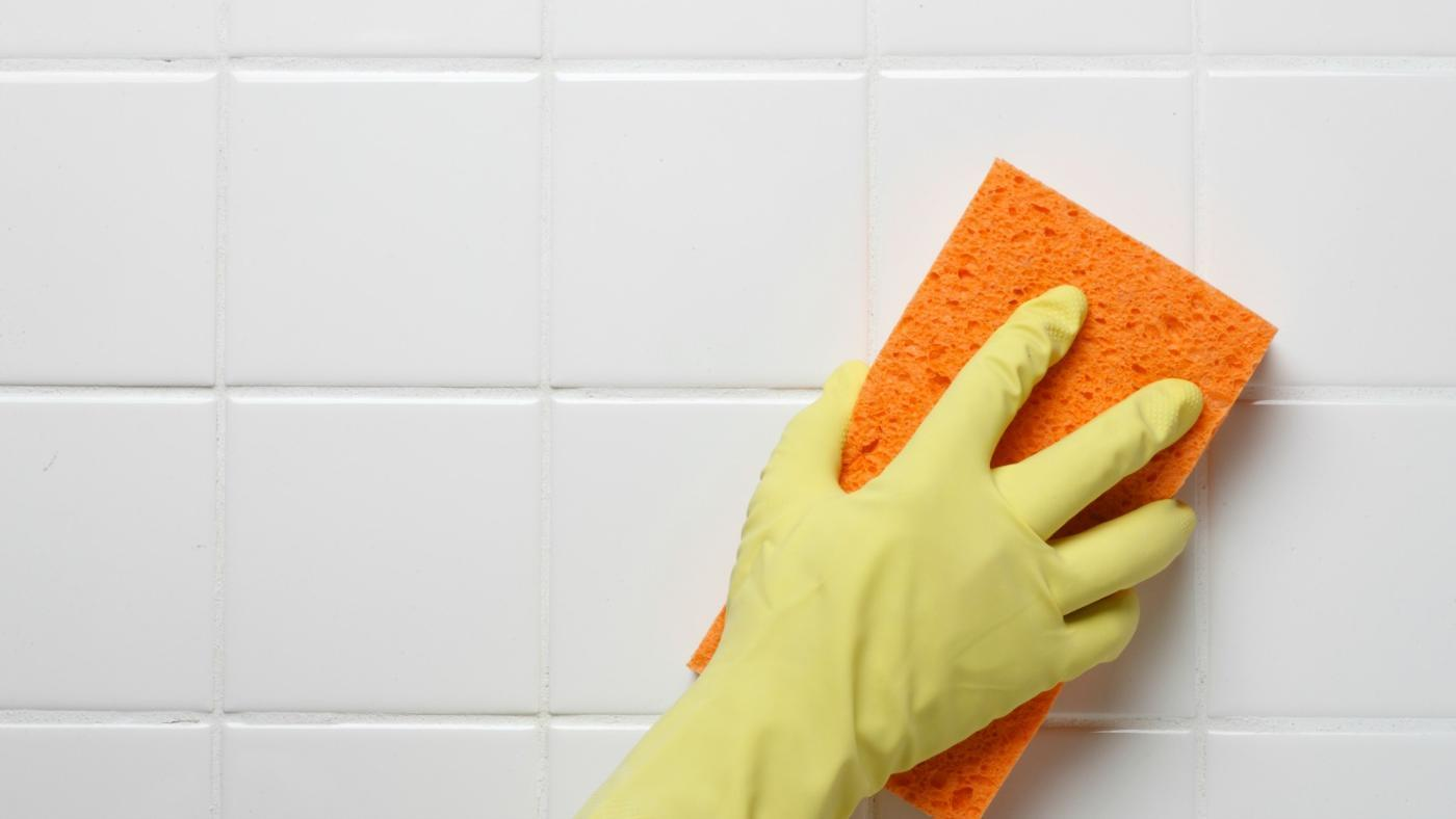 remove-pink-mildew-stains_34b2fe47165d5c1d